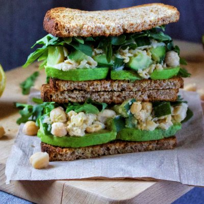 Creamy Chickpea Avocado Sandwich