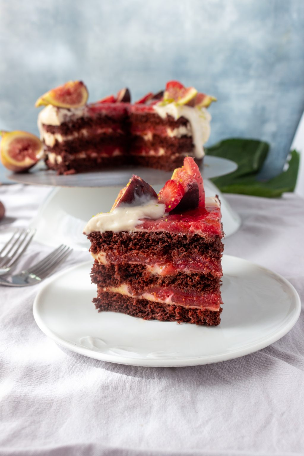 Vegan Strawberry FIg Cake