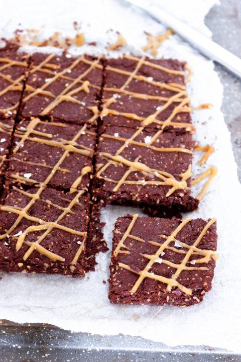 Chocolate Tahini Oat Bars